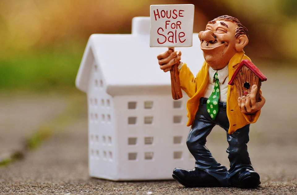 Seller real estate agents